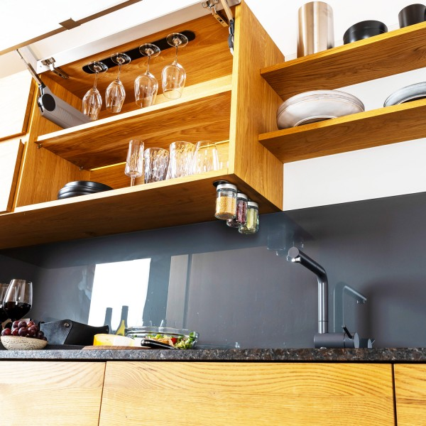 Feinkost-Magnetgläser inkl. Metall-Leiste - BLACK & CLASSY